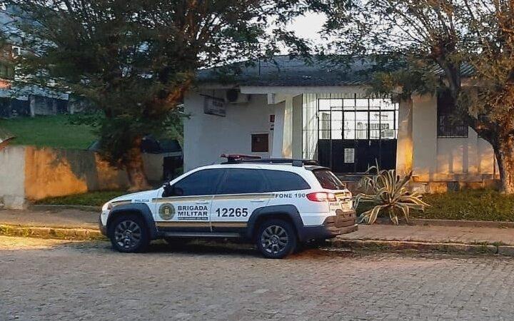 Brigada Militar prende homem por violência doméstica contra mulher no Bairro Lôndero