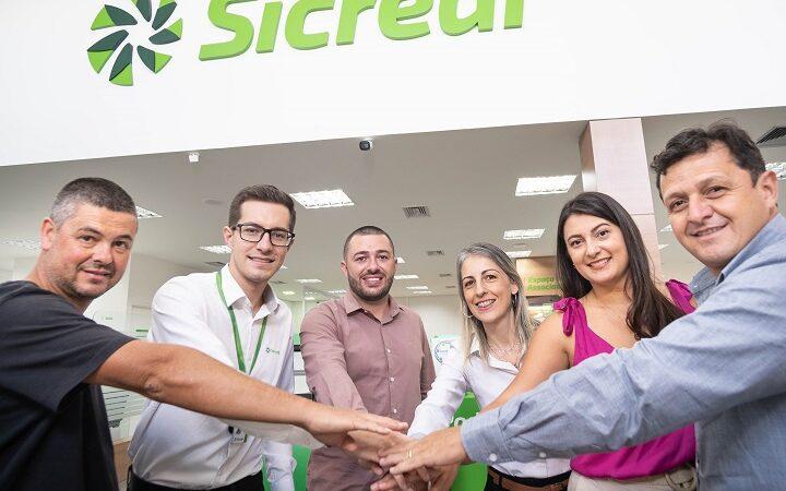 Sicredi Alto Uruguai RS/SC/MG celebra 10 mil associados em Minas Gerais
