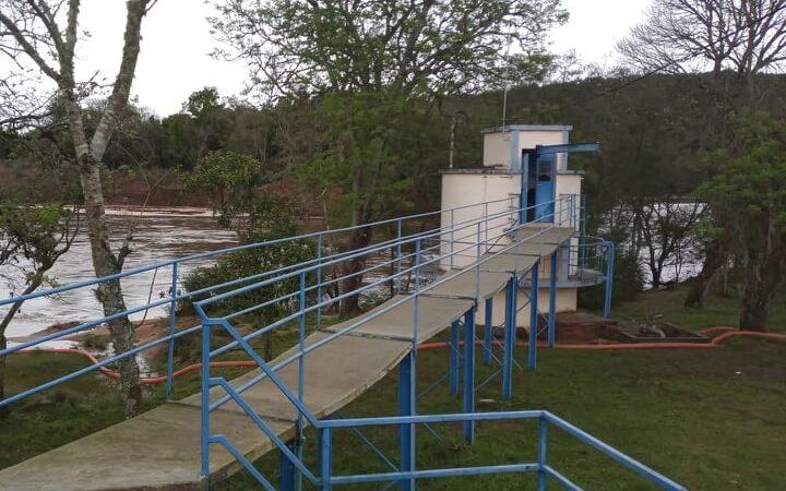 Corsan trabalha para normalizar o abastecimento de água em São Sepé